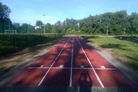 bieżnia sportowa przy szkole Sióstr Pijarek (Kraków - Olszanica) - zdj 01